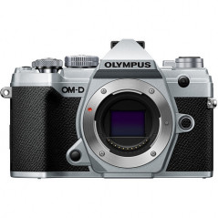 Olympus OM-D E-M5 Mark III body (srebrny)   CASHBACK 650zł