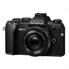 Olympus OM-D E-M5 Mark III czarny + 14‑42mm f/3.5‑5.6 EZ   PROMOCJA
