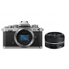 Nikon Z fc + Nikkor 28mm f/2.8 SE