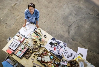 female-designer-in-studio-shot-on-canon-rf-24-105mm-f-4l-is-usm-lens_229175229878742.jpg